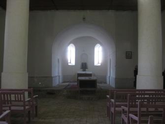 Interior Assyrian church in Supurhan (c) MvdB